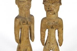 Statuettes pour le culte des jumeaux décédés chez les Yoruba. Afrique de l'ouest XIXe siècle