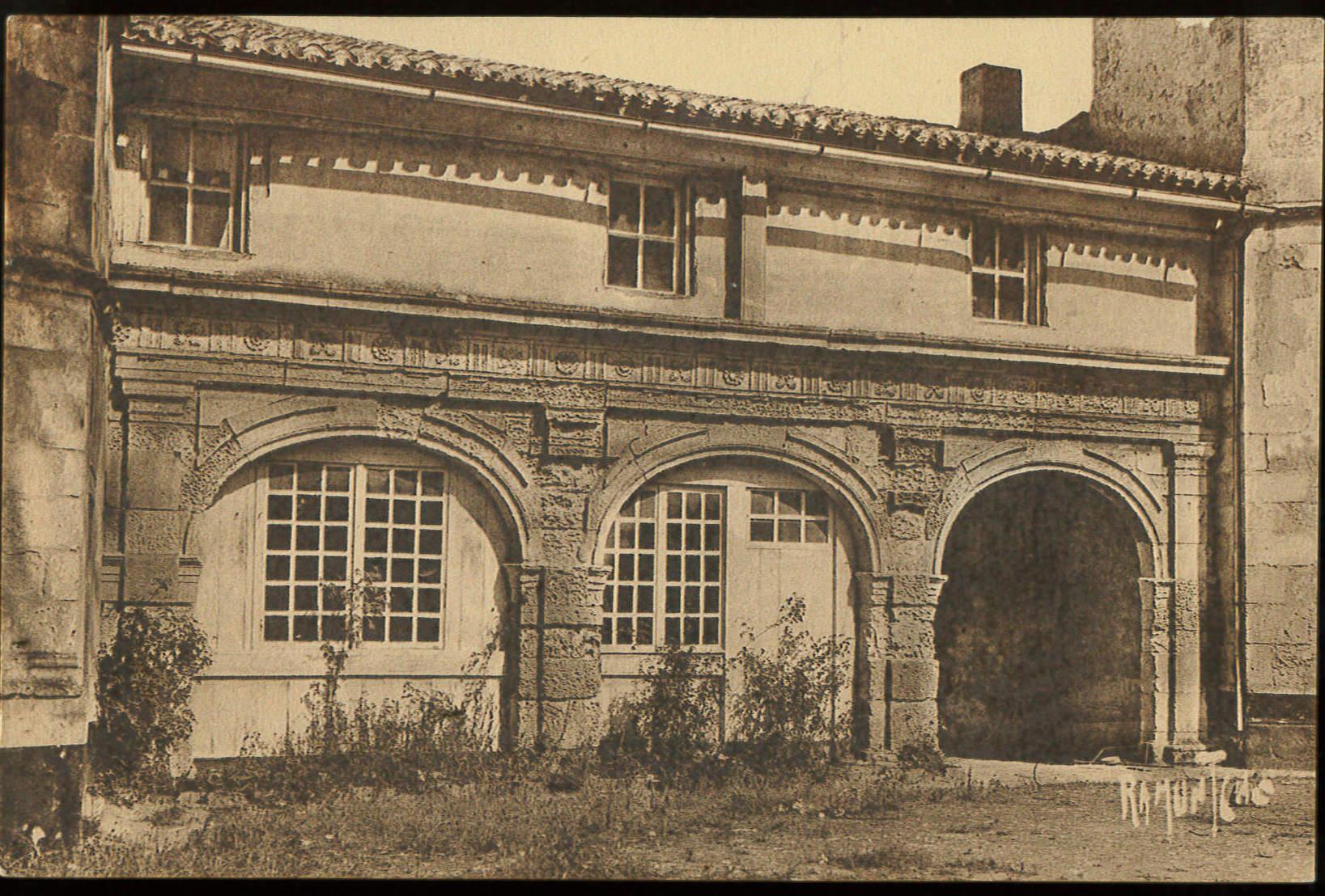 Carte postale - vue de l'Hôtel de Clerjotte