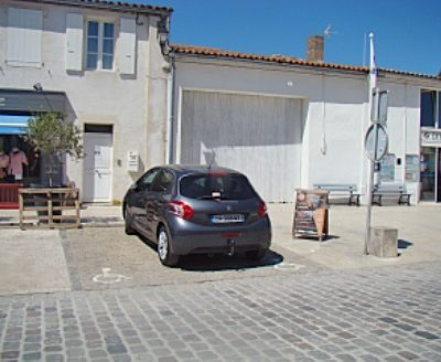 Musée Ernest Cognacq - parking Handicapé